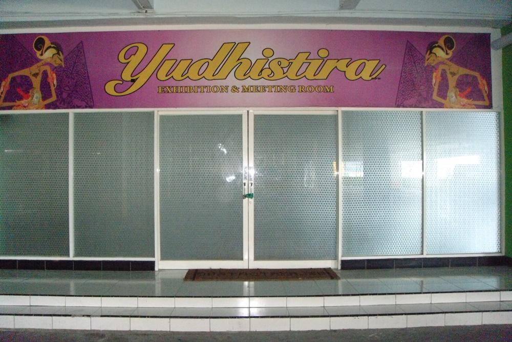 Yudhistira Exhibition & Meeting Room