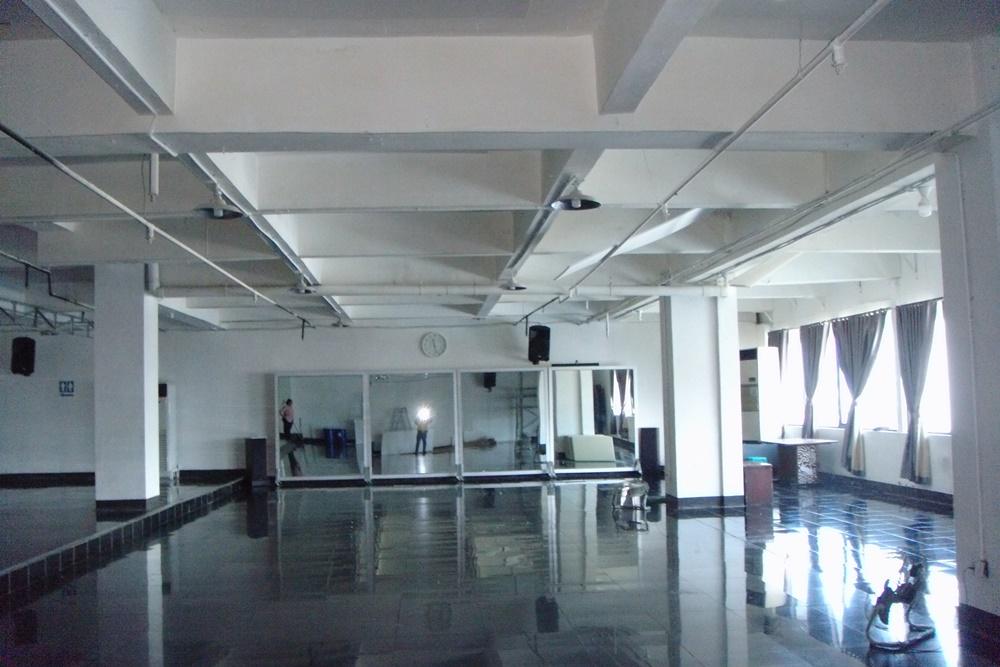 Yudhistira Exhibition & Meeting Room di Plasa Simpanglima Semarang