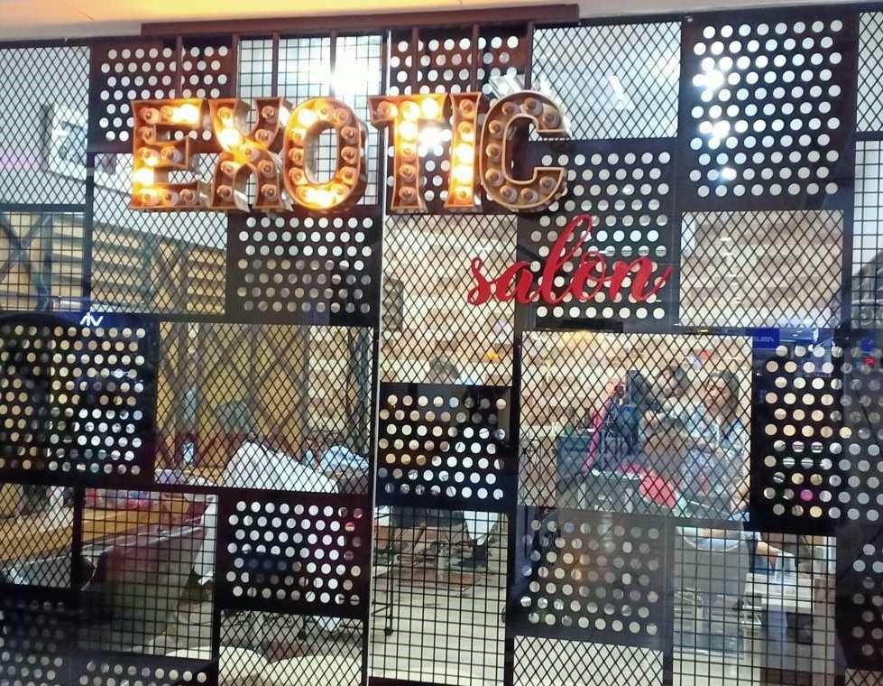Exotic Salon